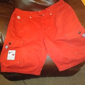 Eight 732 yacht club red shorts A2
